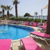 Hotel Ado Beach