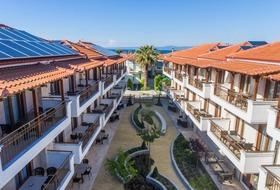 Hotel Apanemia by Flegra Hotels