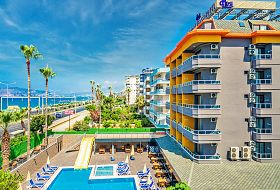 Hotel Arsi Paradise Beach