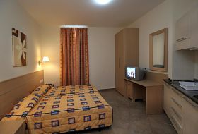 Hotel Blubay Suites by ST Hotels