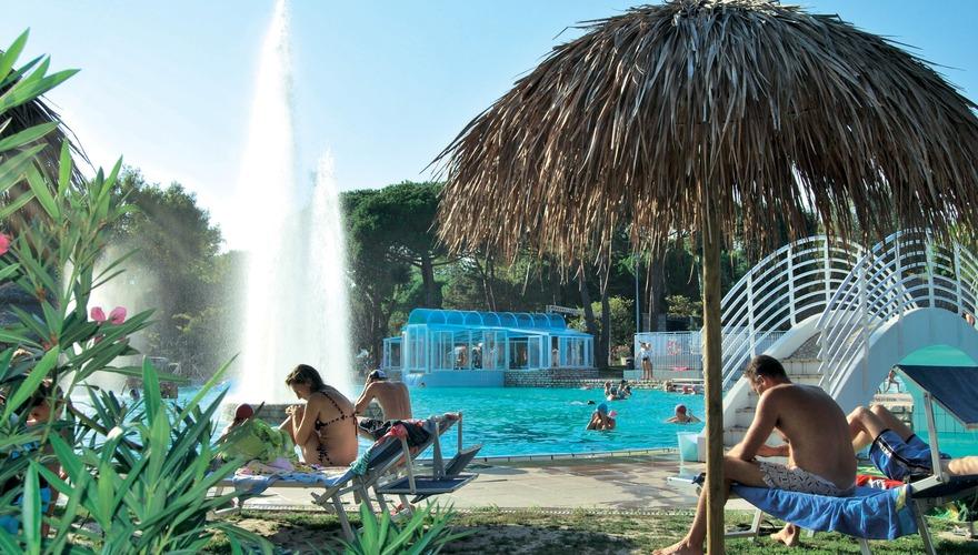 Pino Mare W Lignano Riviera Friuli Wenecja Julijska W Ochy