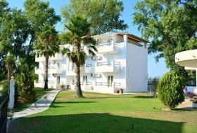 Hotel Cavos Beach House