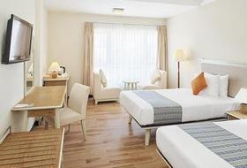 Hotel Centara Sandy Beach