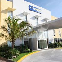 Hotel City Express Playa del Carmen