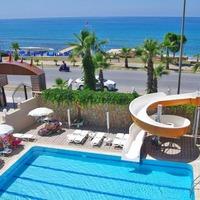 Hotel Club Bayar Beach