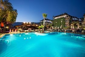 Hotel Club Titan