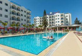 Hotel Crown Resort Elamaris