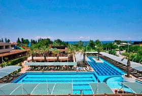 Hotel Crystal Deluxe Resort & Spa
