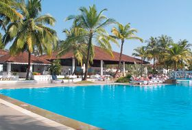 Hotel Dona Sylvia Beach Resort