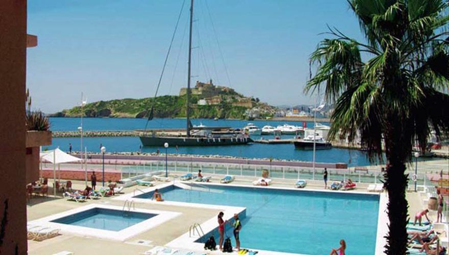 El corso w playa de talamanca ibiza hiszpania - Corso hotel ibiza ...