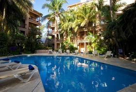 Hotel El Tukan Hotel and Beach