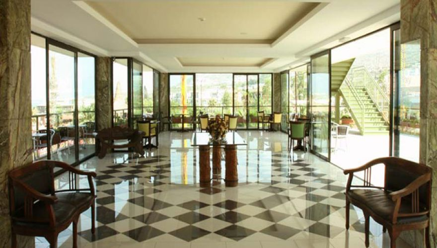 Hotel Eri Beach & Village - lobby