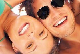 Widok na basen hotelu Euro Village Achilleas