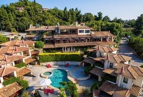 Hotel Ev Zin Village