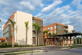 Hotel Four Points By Sheraton Puntacana Village