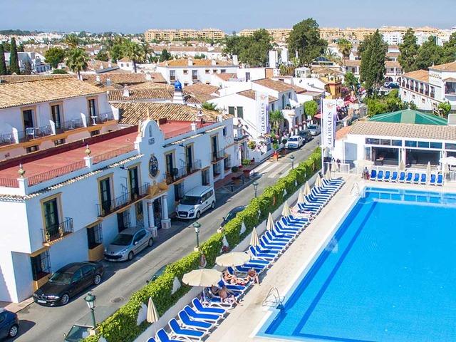 Hotel globales pueblo andaluz w san pedro alcantara costa for Hotel pueblo andaluz