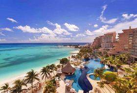 Hotel Grand Fiesta Americana Grand Coral Beach