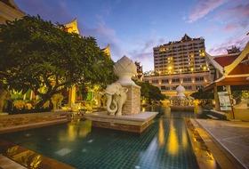 Hotel Grand Pacific Sovereign & Spa