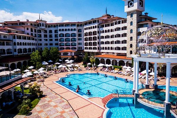 Hotel Helena Sands