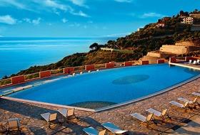 Hotel Heritage Grand Avalon Sikani Resort