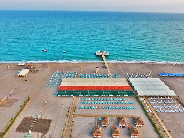 http://www.fostertravel.pl/zdjecia/hotel/hotel-lara-family-club-kundu-turcja/hotel-lara-family-club-kundu-turcja-6J697ZNzdUMKwB6zxE4Ym-640x480.jpg