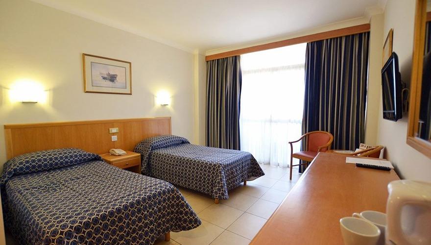 Qawra Palace Hotel - room photo 2354743
