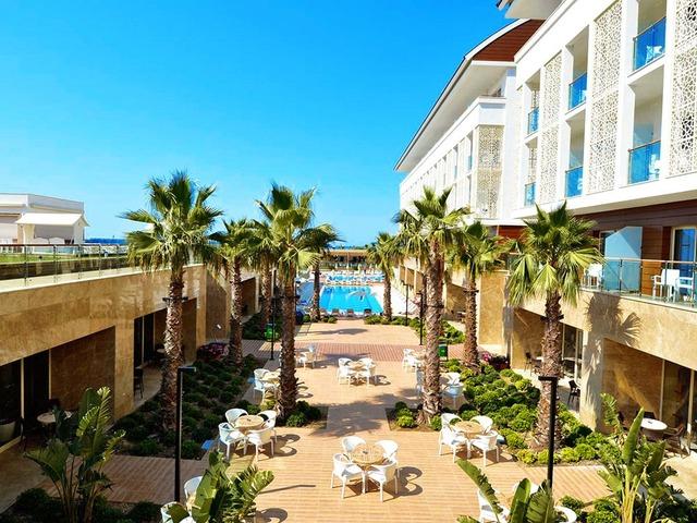 Hotel trendy verbena beach w side riwiera turecka turcja for Trendy hotel