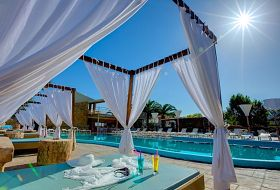 Hotel Island Beach Resort