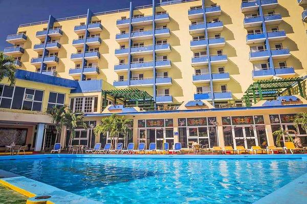 Hotel Islazul Acuazul