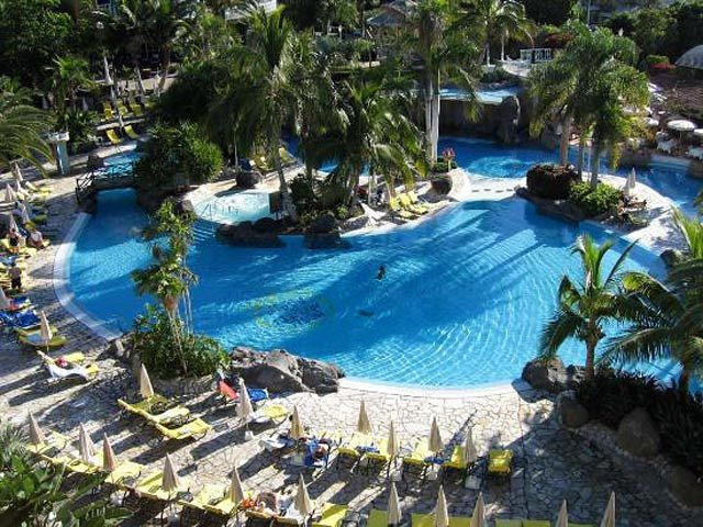 Hotel jardines de nivaria w costa adeje teneryfa hiszpania for Jardines nivaria