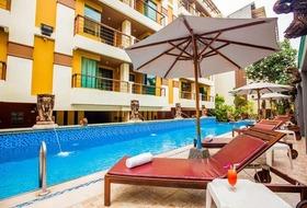 Hotel La Vintage Resort By Poppa Palace