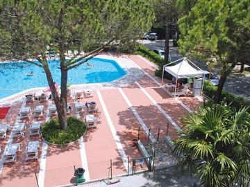 Hotel Laguna Village