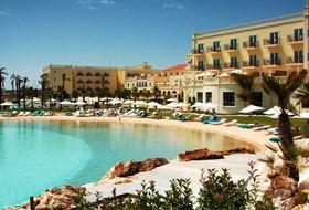 Hotel Lake Resort & Spa