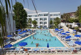 Hotel Larissa Beach Club