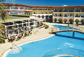 Zdjęcie ogólne hotelu Majestic & Spa w Laganas