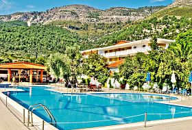 Hotel Maranton Beach Resort