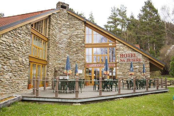 Hotel Na Jezere
