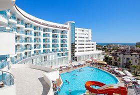Hotel Narcia Resort Side