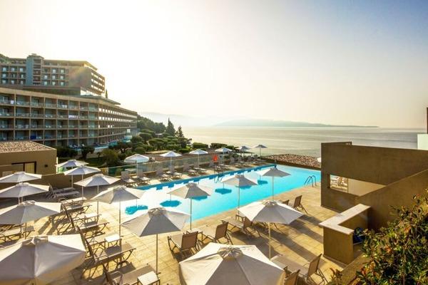 Hotel Nissaki Beach