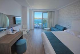 Hotel Okeanos Beach