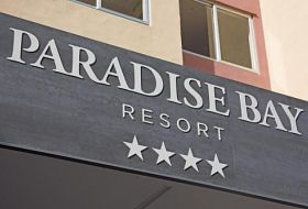 Hotel Paradise Bay Resort