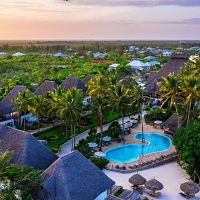 Hotel Paradise Beach Resort (Uroa)