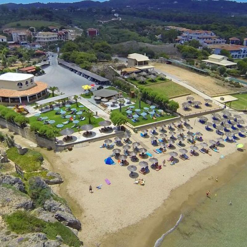 Hotel Plaka Beach
