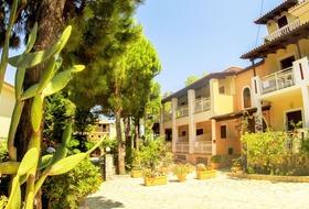 Hotel Pyrgaraki Studios & Apartments