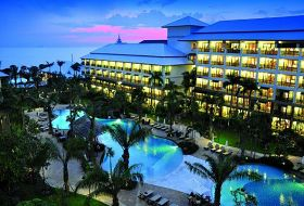 Hotel Ravindra Beach Resort & Spa