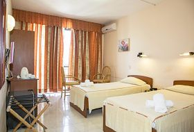 Hotel Relax Inn - pokój