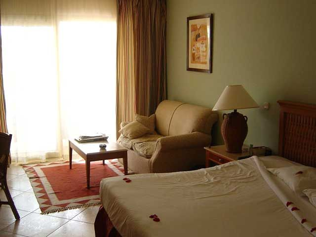Royal Grand Sharm - pokój hotelowy