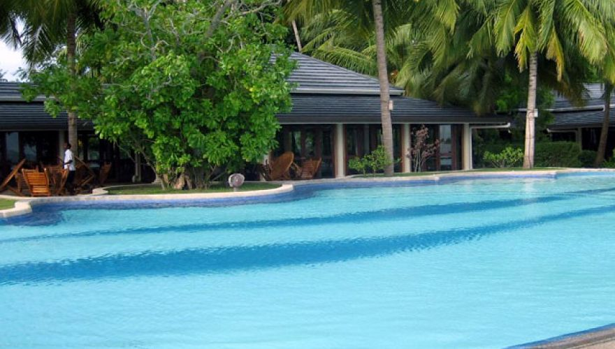 Basen hotelowy w Royal Island Resort & Spa (Horubadhoo)