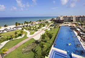 Hotel Royalton Riviera Cancun Resort and Spa