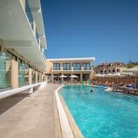 Hotel Sellyria Resort